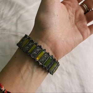 VINTAGE Green and Silver Stretchy Bracelet